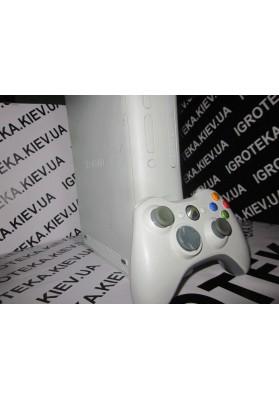 XBOX 360  fat бу LT 3.0 Freeboot + игры